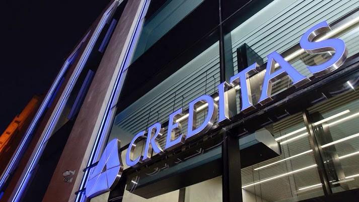 Záložna CREDITAS (její dřívější logo) se změnila na Banku CREDITAS v roce 2017