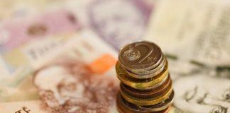 Mzdy v Česku- rozdíl v příjmech mezi muži a ženami