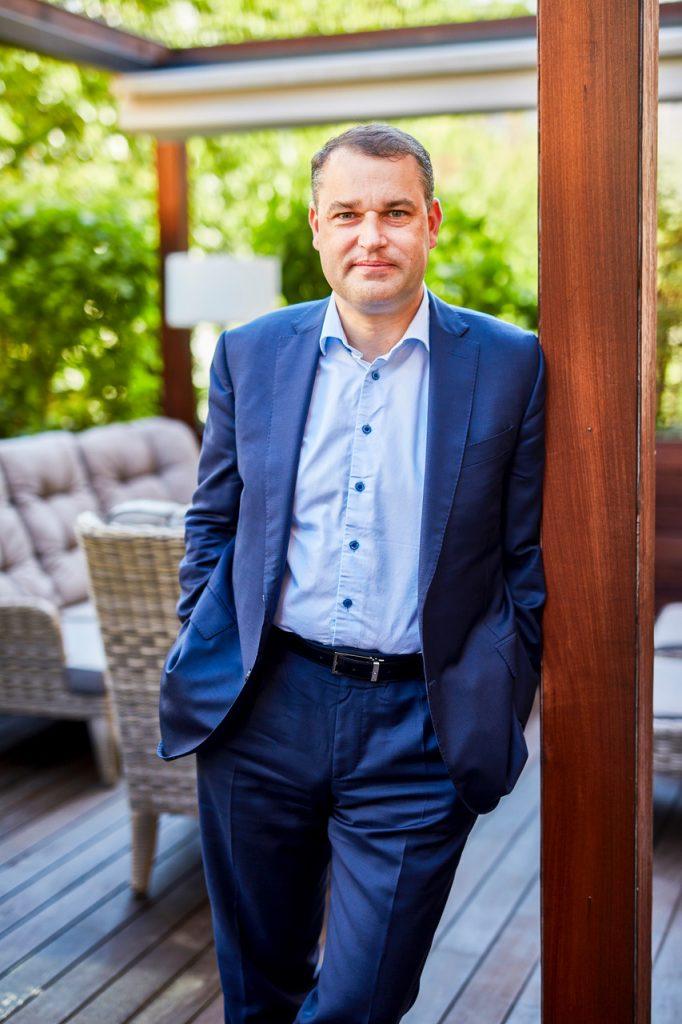 Ekonom Mojmír Hampl nastupuje do KPMG